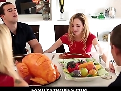 Step Sister Sucks And Fucks Brother During Thanksgiving Dinner - Quintal Das Amadoras