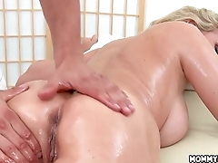 Sharing A Massage - Julia Ann, Kendall Kayden