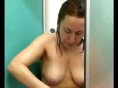 Masha from BJgivers.com shaving her pussy