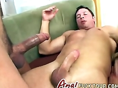 Double perspicaciousness brunette hottie fucks threesome