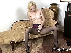 Perfect tits in pantyhose