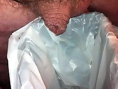 pee in trash can.MOV