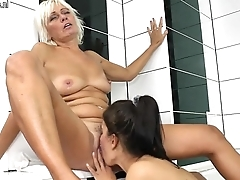 Old grandma teaching young dame a lesbian love - Milf.Ga