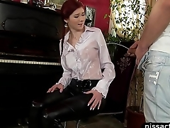 girl gets the piss fix by piano comfort man