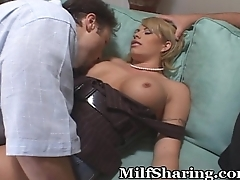 Hubby Offers Up Milf Pussy