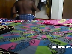 Indian Maid Fucked Enduring Filmed Unconnected with Hiddencam - IndianHiddenCams.com