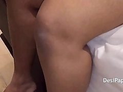 Indian Bhabhi Solo Sex HD Porn Video - DesiPapa.com